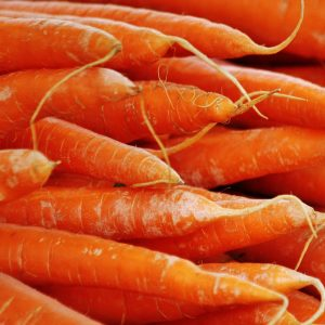 carrots-close-up-crops-54082