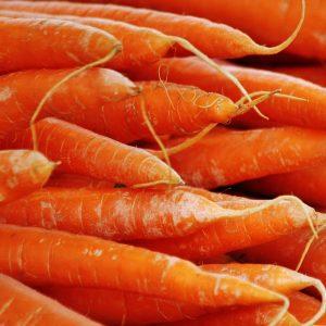 carrots-close-up-crops-54082
